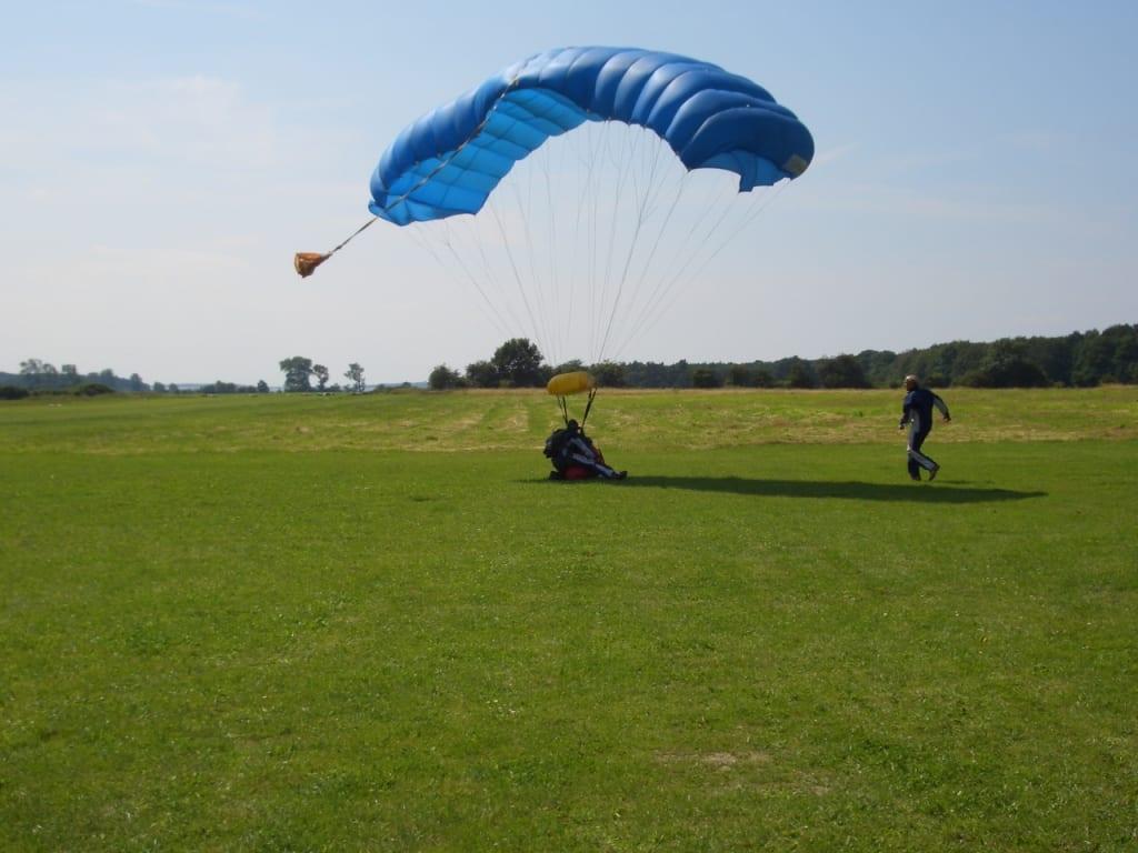 Fallschirmspringen Salzhaff
